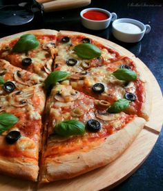 Beste hausgemachte Pizza - Rezept - Sweet Page - Jedzenie - Pizza Recipes, Copycat Recipes, Vegan Recipes, Snack Recipes, Sweet Party, Homemade Frappuccino, Canned Blueberries, Best Homemade Pizza, Scones Ingredients