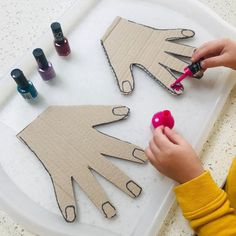 Projects for kids, crafts for kids, toddler crafts, diy for kid Motor Skills Activities, Toddler Learning Activities, Montessori Activities, Infant Activities, Craft Activities, Educational Activities, Kids Learning, Montessori Materials, Fine Motor Activities For Kids