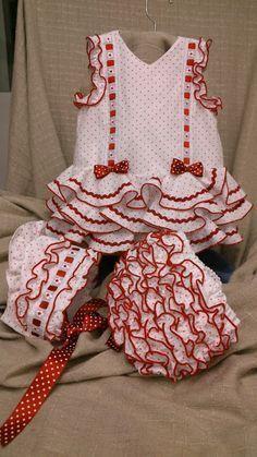 news-dressed-of-Flemish-tallerMODA FLAMENCO workshop-carmina Baby Dress Design, Baby Girl Dress Patterns, Dresses Kids Girl, Little Girl Outfits, Toddler Girl Outfits, Little Girl Fashion, Boy Outfits, Kids Fashion, Baby Girl Newborn