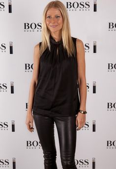 Gwyneth Paltrow stands tall at 175 cm or 5 ft 9 inch