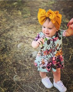 Mustard yellow Stretch Headwrap - infant baby girl child adjustable stretchy soft headband big bow h Baby Outfits, Outfits Niños, Girls Fall Outfits, Baby Girl Bows, Girls Bows, Baby Girl Fashion, Kids Fashion, Fashion Moda, Cute Baby Clothes