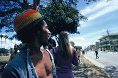 Le photographe Ether Anderson a capturé l'icône reggae dans la Jamaïque des années 1970 – les pieds dans l'eau.