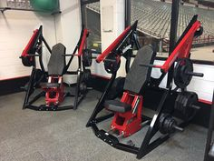 Weight Lifting Equipment, No Equipment Workout, Commercial Fitness Equipment, Hammer Curls, Gym Accessories, Gym Machines, Overhead Press, Gym Design, Range Of Motion