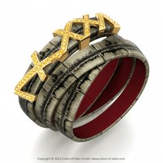 BERLIN DE LUXE | Triple Wrap Bracelet with Yellow Sapphire in Alligator Leather Vecchio and Supersoft Inside Leather Red