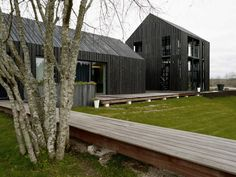 8 Blacks was initially planned as a holiday house, at the end of the design process - socially active family's living house complex at the River Venta near Kuldiga city in Latvia. Design by NRJA. Wood Architecture, Beautiful Architecture, Residential Architecture, Contemporary Architecture, Classical Architecture, Interior Exterior, Exterior Design, Farmhouse Design, Modern Farmhouse
