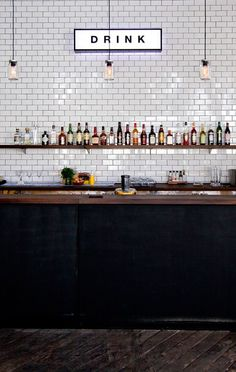 Studio [R] Architecture - PUBLIC + COMMERCIAL - THE BAR AT THE END OF THEWHARF - Black bar + White tiles