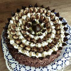 Mozart-Torte, ein sehr schönes Rezept aus der Kategorie Torten. Bewertungen: 128. Durchschnitt: Ø 4,7.