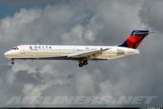 DELTA first Boeing 717 spotted   Maybe, I'll learn how to use my passes and fly on this one day?