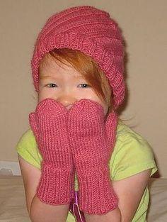 Ravelry: Swirl Hat FREE knitting pattern by Mandie Harrington Baby Hat Knitting Patterns Free, Baby Hats Knitting, Mittens Pattern, Knit Mittens, Knitting For Kids, Free Pattern, Free Knitting, Charity Knitting, Crochet Bebe
