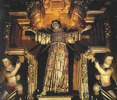 Ayer en mi travesía por el centro histórico recordé cuando era niño y mi abuelo me contó la historia del Primer santo mexicano (y por mucho tiempo único), patrón de la Ciudad de México: San Felipe ...