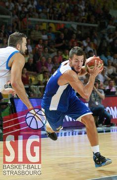 Joffrey Lauvergne Strasbourg, Tournoi, 2013, Sumo, Basketball Court, Wrestling, Sports, Croatia, Lucha Libre
