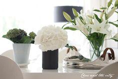 Love white flowers <3, Char & the city -blog: http://charandthecity.indiedays.com/2013/06/06/perjantain-kukkapuskia/