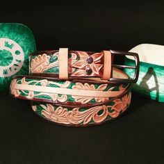 Hand made leather belt - sheridan style.  #leathercraft #leathergoods #leatherbelt #handmade #greenbelt #sheridanstyle #belt #leather #tomian_handmade #tomian