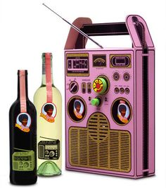 Afro Coffee Packaging  Afro by Dalla Cia: a Wine Box radio. Who thought that a radio on a wine label could actually work…