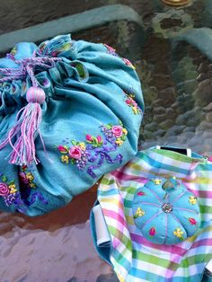 I love to do silk ribbon embroidery. This is a sewing reticule that I made and also teach. Silk Ribbon Embroidery, Hand Embroidery, Drawstring Backpack, Make It Yourself, Sewing, My Love, Stitching, How To Make, Bags