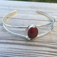 @phoenixmtncreations Finally finished the cuff today! I love it! #riojeweler #riogrande #benchjeweler #handmade #handmadeisbetter #handmadejewelry #handcrafted #phoenixmountaincreations #bezel #madeitmyself #motivationmonday #motivationalmonday #sterlingsilver #cuffbracelet #etsyseller #etsy #lovemyjob