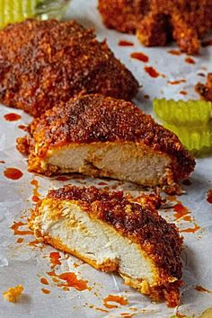 Oven Fried Nashville Hot Chicken is the very best homemade hot chicken recipe baked crispy in the oven and each bite is spicier than the last. Oven fried chicken slathered in a spicy cayenne glaze, this Oven Fried Nashville Hot Chicken will be your new fa Spicy Chicken Sandwiches, Spicy Baked Chicken, Spicy Chicken Recipes, Chicken Sandwich Recipes, Oven Chicken, Nashville Hot Chicken Recipe, Tennessee Hot Chicken Recipe, Hattie B's Hot Chicken Recipe, Fried Chicken Breast