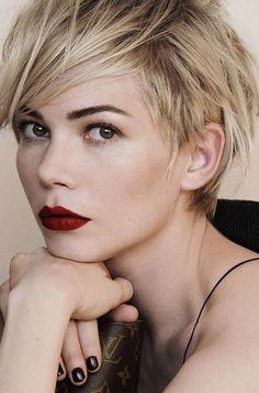 EN IMAGES. Les 10 plus belles coiffures de 2013                              …
