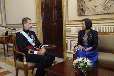 El Rey Felipe VI recibió a La embajadora de Bolivia, María Luisa Ramos Urzagaste, que le presento las Cartas Credenciales.  08-09-2016