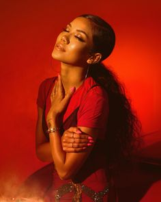 Jhene Aiko shot by Steven Taylor 💋 Photoshoot Themes, Photoshoot Vintage, Black Girl Aesthetic, Big Sean, Tumblr Boys, Black Power, Grunge Style, Beautiful Black Women, Black Girl Magic