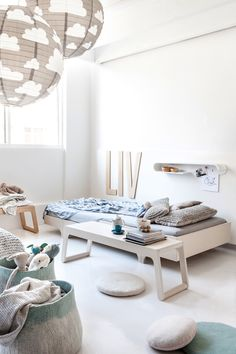 A BEAUTIFUL KIDS ROOM DECORATED IN SOFT COLORS