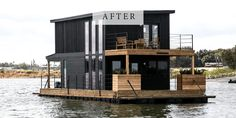 Boat House: Chip and Joanna take to the high seas (well, at least Lake Waco) when they help a friend turn an old houseboat into a home, Fixer Upper-style. Style At Home, Houseboat Living, Houseboat Ideas, Pontoon Houseboat, Fixer Upper House, Fixer Upper Hgtv, Water House, Chip And Joanna Gaines, Chip Gaines