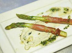 Para fazer um prato simples e com uma explosão de sabores, esse aspargo com jamon é perfeito