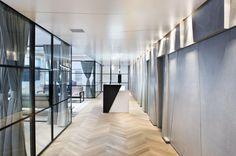 Office in Ramat Gan ,  Lighting designer: Orly Avron Alkabes ,  Design: Limor Hecmat Schory ,  Photography: Amit Gosher
