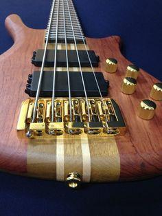 Caraya SPB-3210N 5-String Neck-thru Electric Bass Guitar