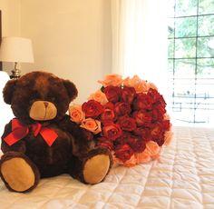 Sorpresa de corazón.... Domingo perfecto❤️❤️❤️. Te preparamos y mándanos donde necesitas. #finaflor_py #finaflor #love #rosas #flores #flor #domingo #sorpresa #amor #mejoresfloresdeasuncion
