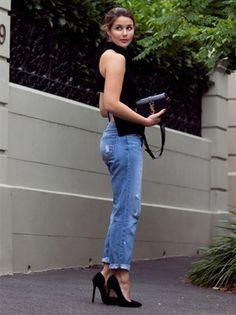 Sarah Donaldson, do blog Harper and Harley, veste top Yeojin Bae e jeans da J Brand.