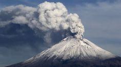 ICYMI: Exhalaciones del volcán Popocatépetl lanzan cenizas al centro de México