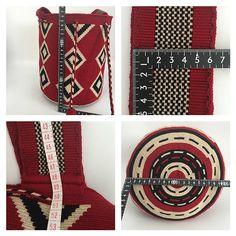Wayuu Mochila bag Wiggly Crochet, Crochet Diy, Crochet Home, Tapestry Bag, Tapestry Crochet, Crochet Handbags, Crochet Purses, Crochet Stitches, Crochet Patterns