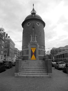 Harvard Lampoon castle in Harvard Square