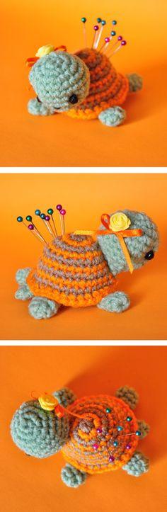Mesmerizing Crochet an Amigurumi Rabbit Ideas. Lovely Crochet an Amigurumi Rabbit Ideas. Crochet Pincushion, Crochet Amigurumi, Amigurumi Patterns, Crochet Dolls, Crochet Patterns, Love Crochet, Crochet Gifts, Easy Crochet, Knit Crochet