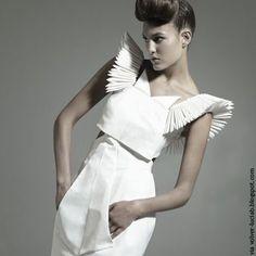 A Matter Of Style: DIY Fashion: Origami fashion part 2 fashion details Paper Fashion, Origami Fashion, 3d Fashion, Fashion Details, Fashion Show, Fashion Design, Latest Fashion, Fashion Trends, Geometric Fashion