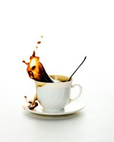 091009-coffee-splashing-from-white-coffee-cup2.jpg (1292×1600)