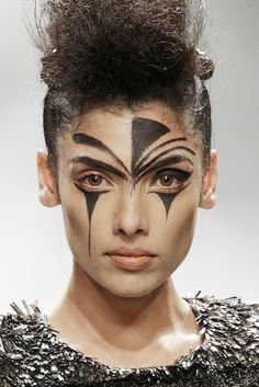Indian Beauty Central: Ellis Faas's makeup looks for *DIED* & Rohit Gandhi + Rahul Khanna / Suneet Varma & Jan Taminiau at WILFW