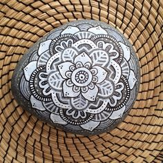 Mandala on stone. Ca 20cm. (More on Instagram majamelon_design)