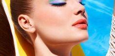 Ya Aqui 2014...Verde azulado. Este color es divino para aplicarlo en uñas y ojos (ya sea sombra o, más jugado, en el delineador).