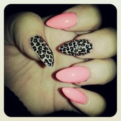 Don't like the pointy nails buht the design I absolutely love