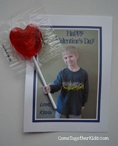 A great idea for our homemade Valentine's lollipops. Love this!