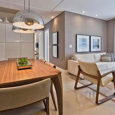 """5,235 curtidas, 31 comentários - Arq•Décor•Casa•Home•Interior (@bloghomeidea) no Instagram: """"Cinza e bege, somados ao toque acolhedor da madeira, neste espaço lindo by Horta e Vello. Amei! 😍…"""""""