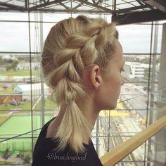 #pullthroughbraid 💕 #läpivetoletti 💕I love this style on @tiiareeta 😍 . . #braid #braiding #braidinghair #braidideas #instabraids #letti #lettikampaus #shorthairstyles #hairdo #hairstyles #peinados #plaitedhair #suomiletit #featuremeisijatytot #hotbraidsmara #featureaccount_ #braidinginspiration #inspirationalbraids #cghphotofeature #see_your_braids