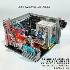 """LEGO Vignette 16x16: """"Anonymous HQ"""""""
