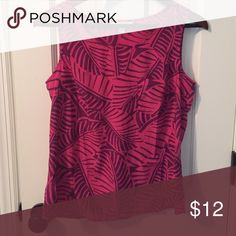 Pink tank top Pink leaf pattern tank top with front pocket Tops Tank Tops