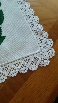 How to Crochet Wave Fan Edging Border Stitch Crochet Boarders, Crochet Lace Edging, Love Crochet, Filet Crochet, Crochet Doilies, Crochet Stitches, Crotchet Patterns, Crafts To Make And Sell, Crochet Designs