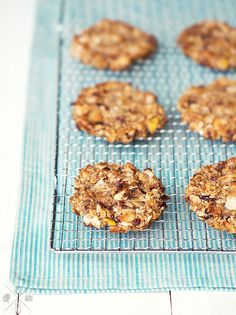 Gluten free, sugar free Apple Coconut Cookies | relleomein.de