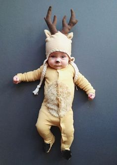 This DIY costume takes the award for the CUTEST animal baby costume!