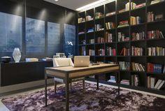 Arquitetura e décor minimalistas renovam apartamento de 200 m²